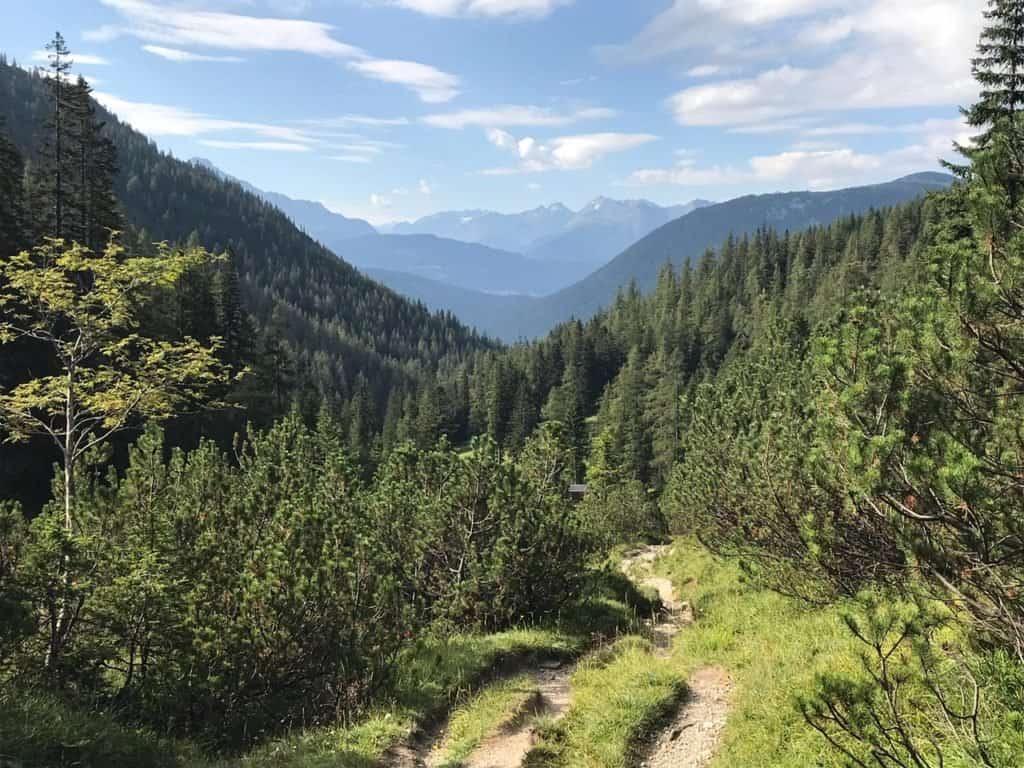 Paysage Tyrol vue depuis la Hütte