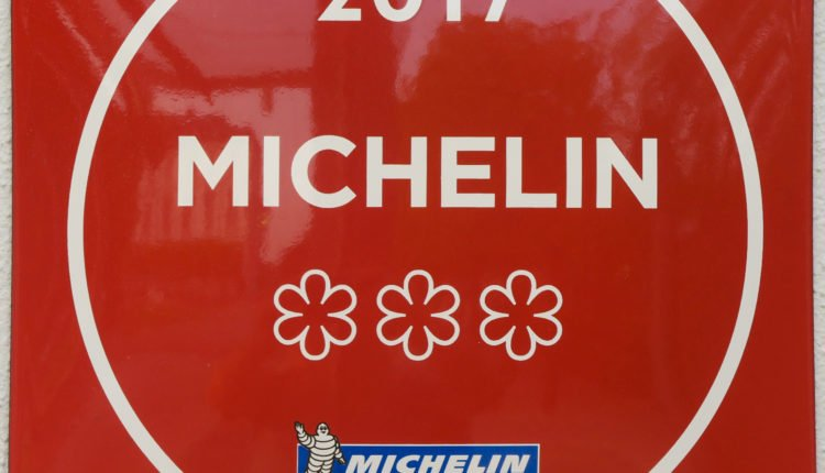 guide michelin 3 étoiles bocuse